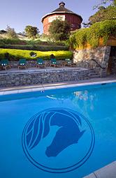 pool fountaingrove inn